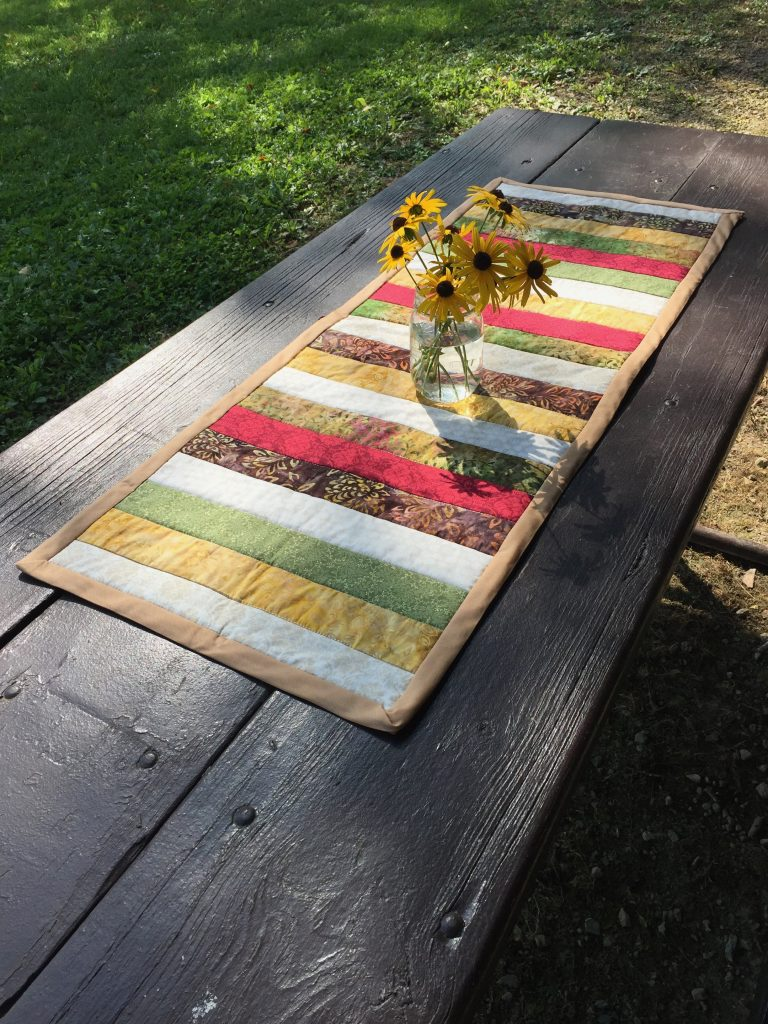 Hire me for a Quilted Table Runner Workshop|chambraybluesblog|www.chambrayblues.com