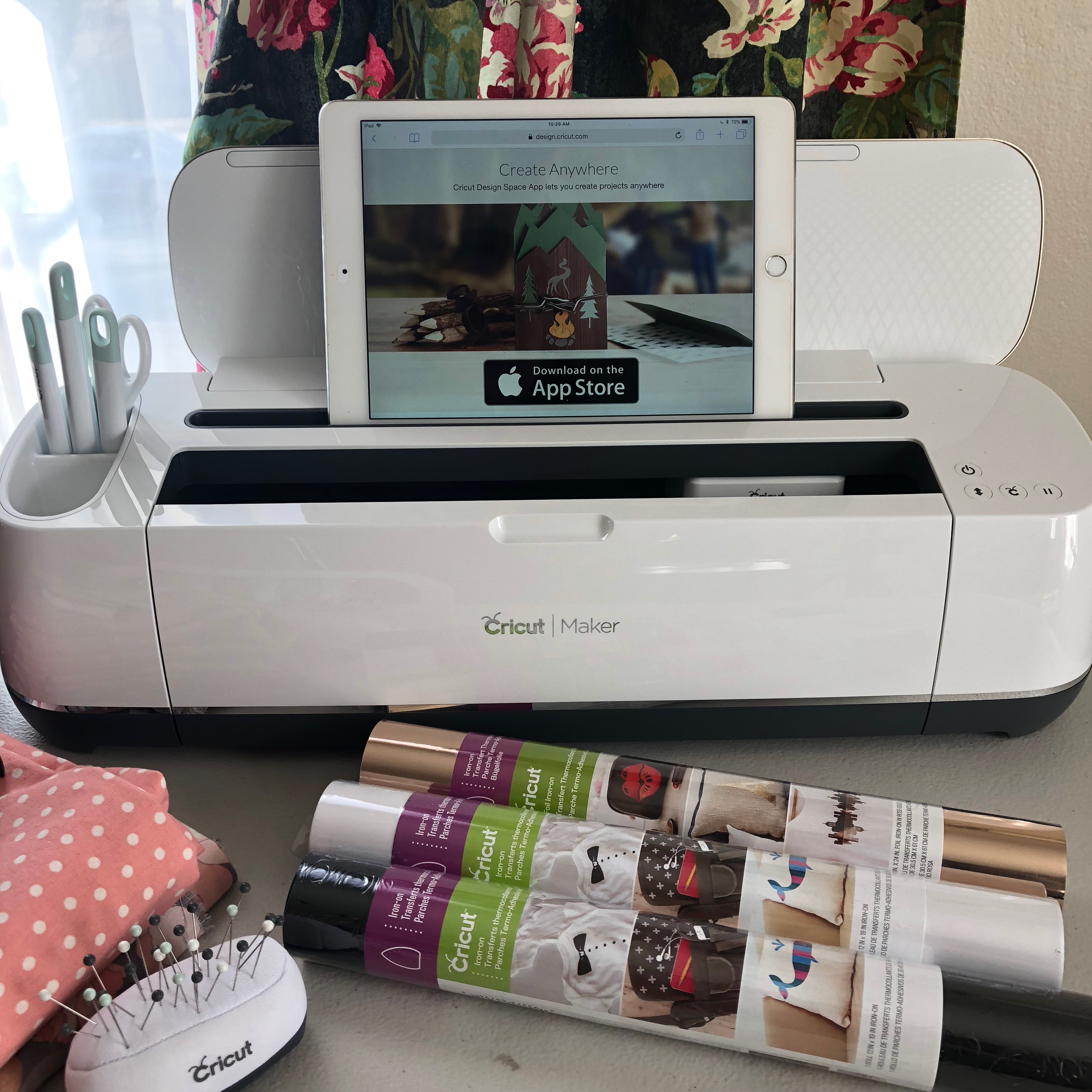 What you need to know about the Cricut Maker|Chambray Blues Blog|Chambrayblues.com