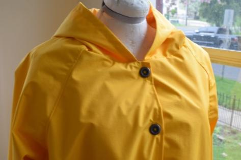 How to Sew a Sunny Raincoat